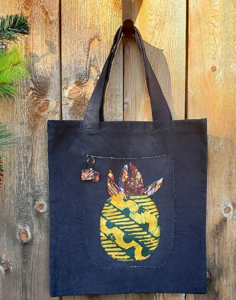 Tote, applique, earring pineapple
