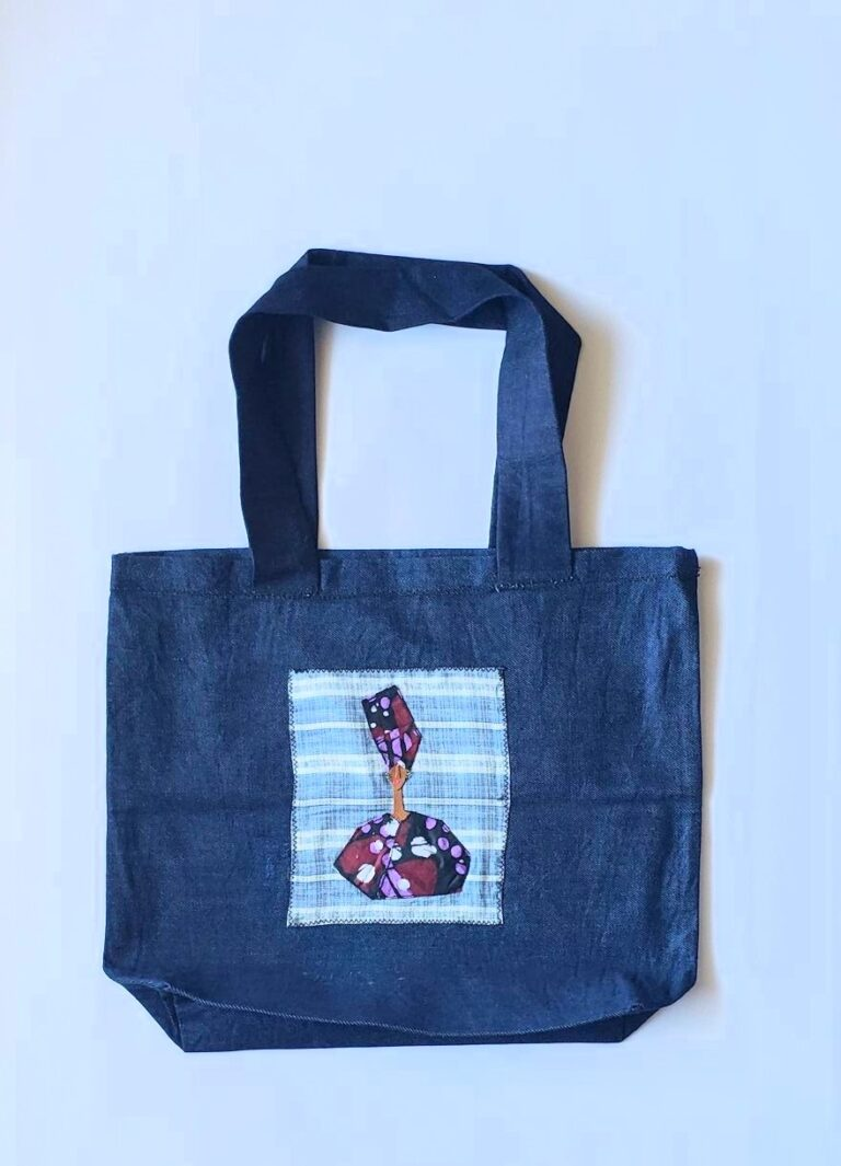 Tote, trim, applique African Lady 1