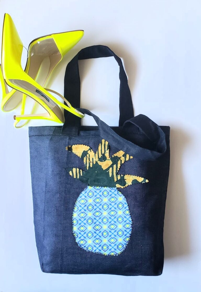 Tote, trim, applique pineapple staged
